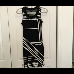 Petite Banana Republic Dress XS Black and White,